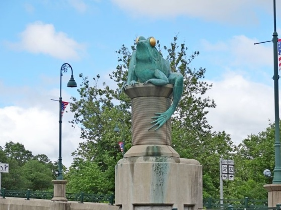 frog-bridge-willimantic-ct